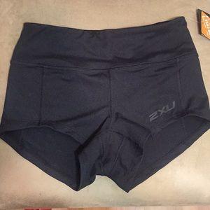 2XU Black XCTRL Form Shorty short